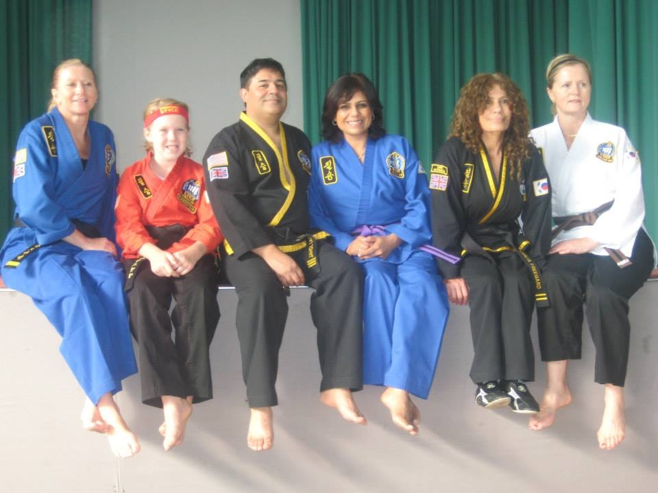 Photo of instructors and students relaxing